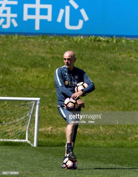Head coach FC Internazionale Stefano Pioli looks on during FC Internazionale training session at Suning Training Center at Appiano Gentile on May 09...