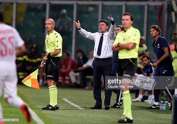 Head coach FC Internazionale Walter Mazzarri reacts during the Serie A match between US Citta di Palermo and FC Internazionale Milano at Stadio Renzo...