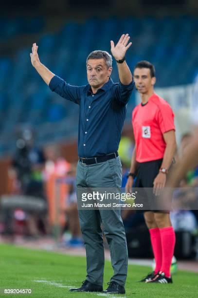 Head coach Fran Escriba of Villarreal CF reacts during the La Liga match between Real Sociedad de Futbol and Villarreal CF at Estadio Anoeta on...