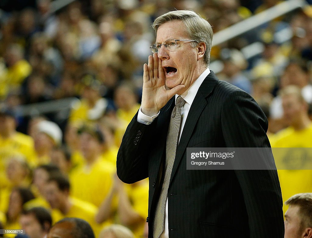 Head coach Fran McCaffery yells out instructions from the bench while playing the Michigan Wolverines at Crisler Center on January 6, 2013 in Ann Arbor, Michigan. Michigan won the game 95-67.