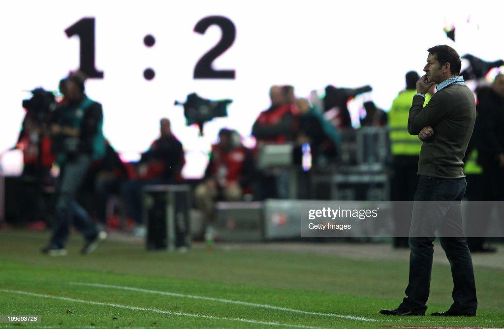 Head coach Franco Foda of Kaiserslautern reacts during the Bundesliga Playoff Second Leg match between 1 FC Kaiserslautern and 1899 Hoffenheim at...