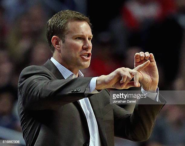 Head coach Fred Hoiberg of the Chicago Bulls gives instructions to his team against the Sacramento Kings at the United Center on March 21 2016 in...