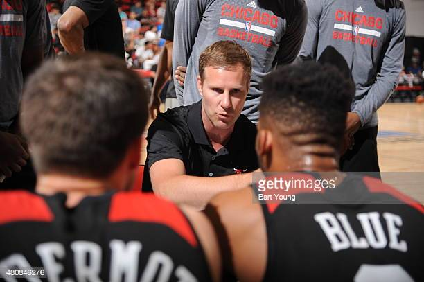 Head coach Fred Hoiberg of the Chicago Bulls talks with his team during the 2015 NBA Las Vegas Summer League game against the Cleveland Cavaliers on...