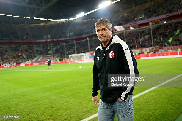 Head coach Friedhelm Funkel of Duesseldorf looks on prior to the Second Bundesliga match between Fortuna Duesseldorf and 1 FC Nuernberg at...