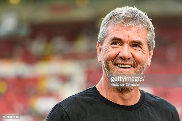 Head coach Friedhelm Funkel of Fortuna Duesseldorf is seen prior the Second Bundesliga match between 1 FC Kaiserslautern and Fortuna Duesseldorf at...