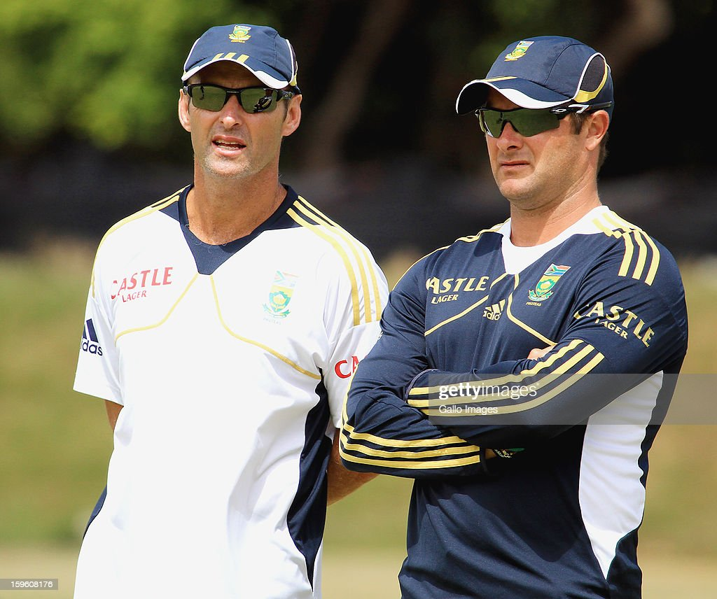 Head coach <a gi-track='captionPersonalityLinkClicked' href=/galleries/search?phrase=Gary+Kirsten&family=editorial&specificpeople=228142 ng-click='$event.stopPropagation()'>Gary Kirsten</a> (L) and <a gi-track='captionPersonalityLinkClicked' href=/galleries/search?phrase=Mark+Boucher&family=editorial&specificpeople=212737 ng-click='$event.stopPropagation()'>Mark Boucher</a> attend the South African national cricket team nets session and press conference at Claremont Cricket Club on January 17, 2013 in Cape Town, South Africa.