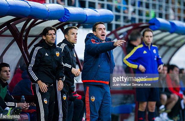 Head coach Gary Neville of Valencia CF reacts during the La Liga match between SD Eibar and Valencia CF at Ipurua Municipal Stadium on December 13...