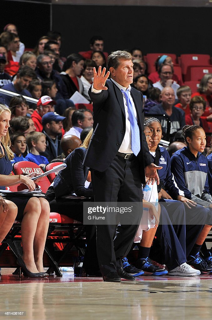 Head coach Geno Auriemma of the Connecticut Huskies watches the game against the Maryland Terrapins at the Comcast Center on November 15, 2013 in College Park, Maryland.