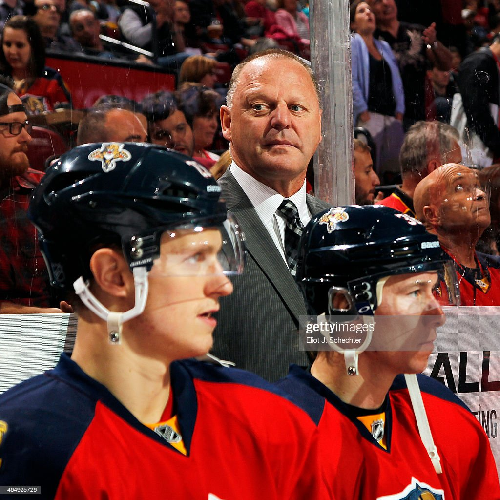 Head Coach <a gi-track='captionPersonalityLinkClicked' href=/galleries/search?phrase=Gerard+Gallant&family=editorial&specificpeople=704668 ng-click='$event.stopPropagation()'>Gerard Gallant</a> of the Florida Panthers on the bench with his team prior to the start of the game against the Buffalo Sabres at the BB&T Center on February 28, 2015 in Sunrise, Florida.