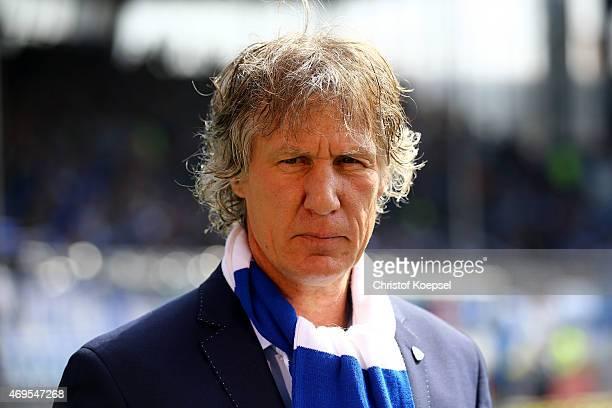 Head coach Gertjan Verbeek of Bochum looks on prior to the Second Bundesliga match between VfL Bochum and RB Leipzig at Rewirpower Stadium on April...