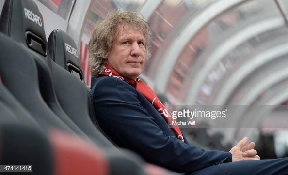 Head coach Gertjan Verbeek of Nuernberg looks on prior to the Bundesliga match between 1 FC Nuernberg and Eintracht Braunschweig at Grundig Stadium...