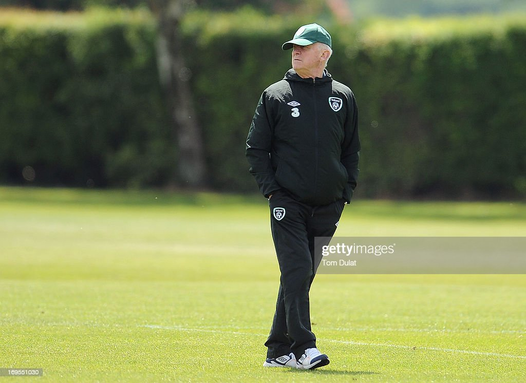 Head coach <a gi-track='captionPersonalityLinkClicked' href=/galleries/search?phrase=Giovanni+Trapattoni&family=editorial&specificpeople=209002 ng-click='$event.stopPropagation()'>Giovanni Trapattoni</a> looks on during the Ireland training session at Watford FC Training Ground on May 27, 2013 in London Colney, England.