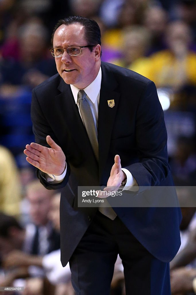 Head coach <a gi-track='captionPersonalityLinkClicked' href=/galleries/search?phrase=Gregg+Marshall&family=editorial&specificpeople=623591 ng-click='$event.stopPropagation()'>Gregg Marshall</a> of the Wichita State Shockers reacts against the Kentucky Wildcats during the third round of the 2014 NCAA Men's Basketball Tournament at Scottrade Center on March 23, 2014 in St Louis, Missouri.