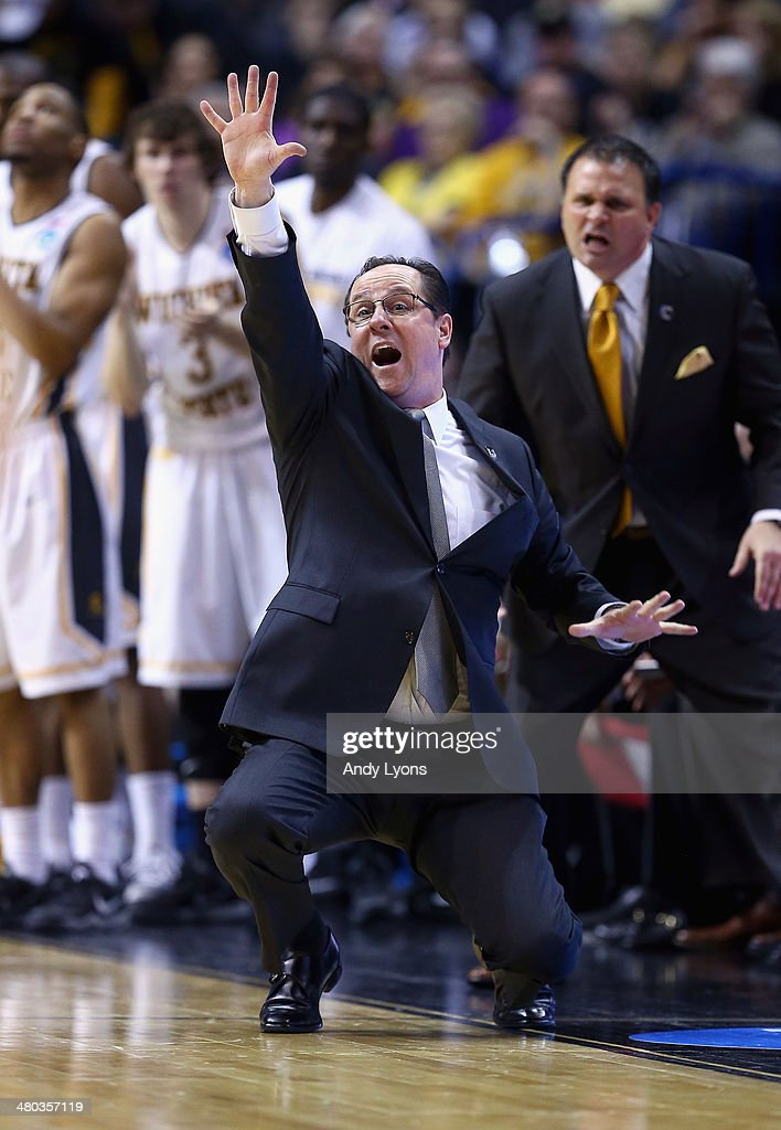 Head coach <a gi-track='captionPersonalityLinkClicked' href=/galleries/search?phrase=Gregg+Marshall&family=editorial&specificpeople=623591 ng-click='$event.stopPropagation()'>Gregg Marshall</a> of the Wichita State Shockers reacts to a play against the Kentucky Wildcats during the third round of the 2014 NCAA Men's Basketball Tournament at Scottrade Center on March 23, 2014 in St Louis, Missouri.