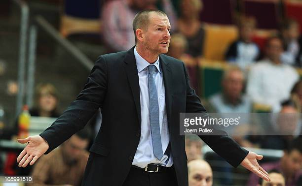 Head coach Henrik Roedl of Trier gestures during the Basketball Bundesliga match between Eisbaeren Bremerhaven and TBB Trier at the Stadthalle...