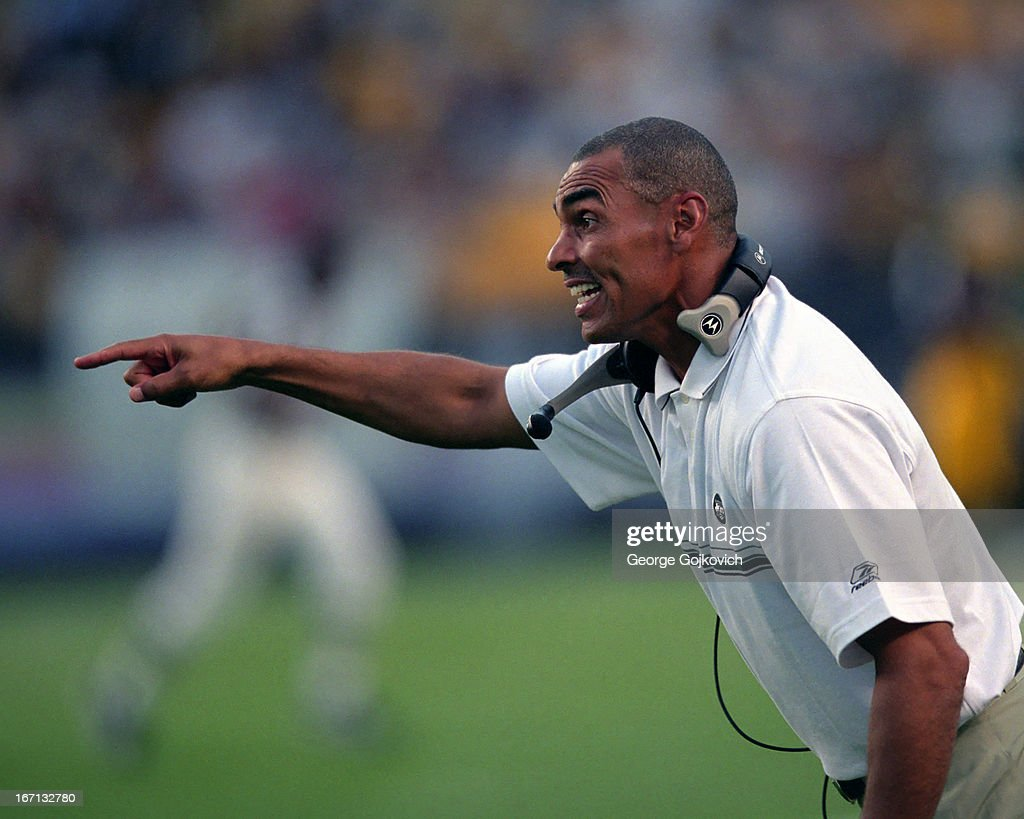 Head coach Herman Edwards of the New York Jets points from the sideline during a preseason game against the Pittsburgh Steelers at Heinz Field on...