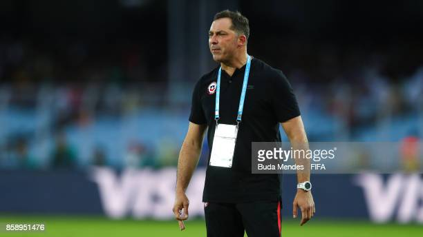 Head coach Hernan Caputto of Chile reacts during the FIFA U17 World Cup India 2017 group F match between Chile and England at Vivekananda Yuba...