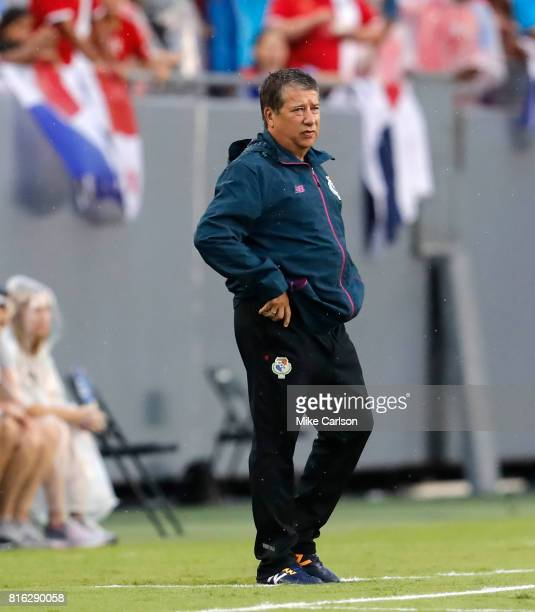 Head coach Hernan Dario Gomez of Panama watches against Nicaragua during the first half of the CONCACAF Group B match at Raymond James Stadium on...