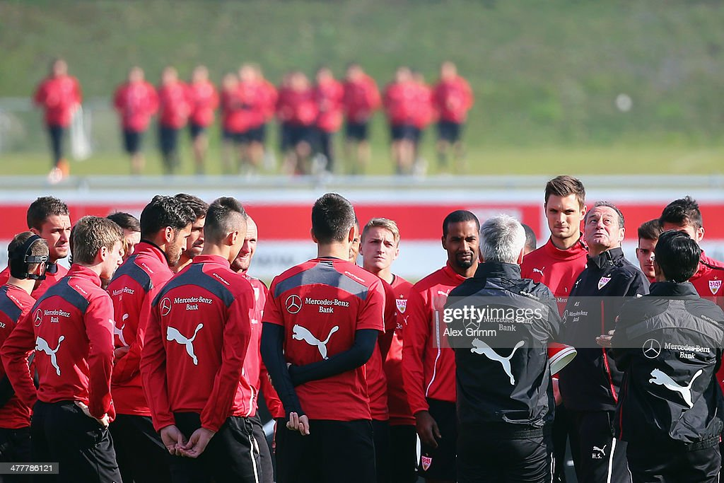 Head coach Huub Stevens talks to the players during a VfB Stuttgart training session at the club's training ground on March 11, 2014 in Stuttgart, Germany.