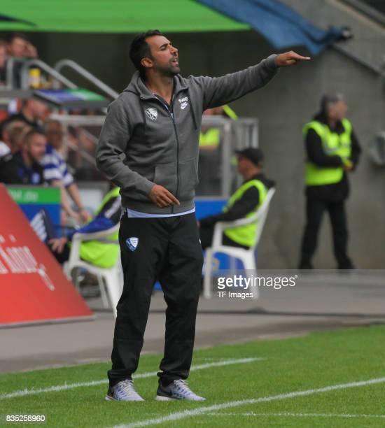 Head coach Ismail Atalan of Bochum gestures during the Second Bundesliga match between MSV Duisburg and VfL Bochum at SchauinslandReisenArena on...