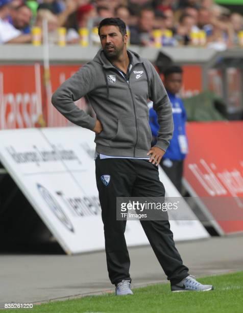 Head coach Ismail Atalan of Bochum looks on during the Second Bundesliga match between MSV Duisburg and VfL Bochum at SchauinslandReisenArena on...