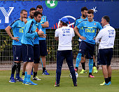 Head coach Italy Antonio Conte and Gianluigi Buffon chat during the training session at 'Bernard Gasset' Training Center on June 14 2016 in...