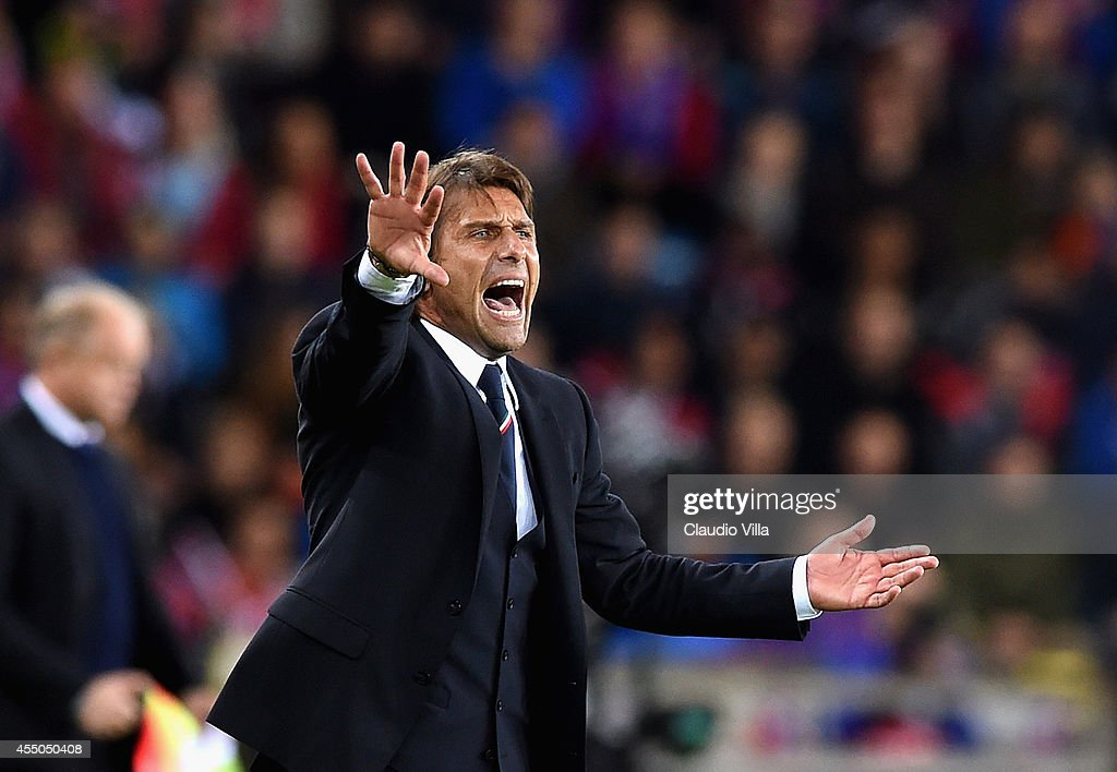 Head coach Italy Antonio Conte reacts during the UEFA EURO 2016 qualifier match between Norway and Italy at Ullevaal Stadion on September 9, 2014 in Oslo, Norway.