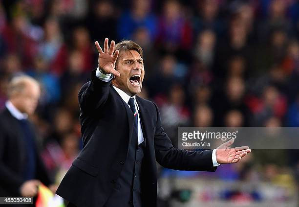 Head coach Italy Antonio Conte reacts during the UEFA EURO 2016 qualifier match between Norway and Italy at Ullevaal Stadion on September 9 2014 in...