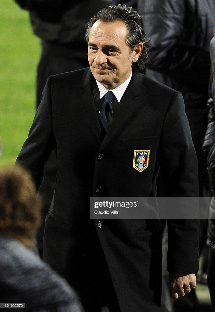 Head coach Italy <a gi-track='captionPersonalityLinkClicked' href=/galleries/search?phrase=Cesare+Prandelli&family=editorial&specificpeople=742442 ng-click='$event.stopPropagation()'>Cesare Prandelli</a> inspects the pitch ahead of the FIFA 2014 World Cup qualifier match between Malta and Italy at Ta' Qali Stadium on March 25, 2013 in Valletta, Malta.