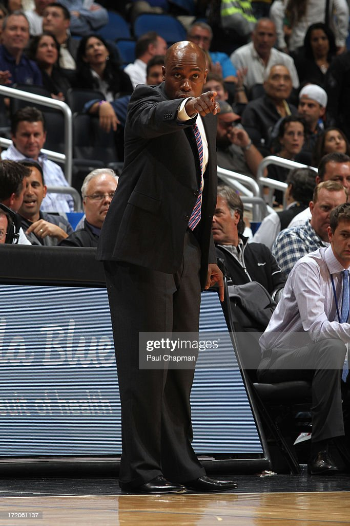 Head Coach <a gi-track='captionPersonalityLinkClicked' href=/galleries/search?phrase=Jacque+Vaughn&family=editorial&specificpeople=201747 ng-click='$event.stopPropagation()'>Jacque Vaughn</a> of the Orlando Magic points from the sideline during a game on January 24, 2013 at Amway Center in Orlando, Florida.