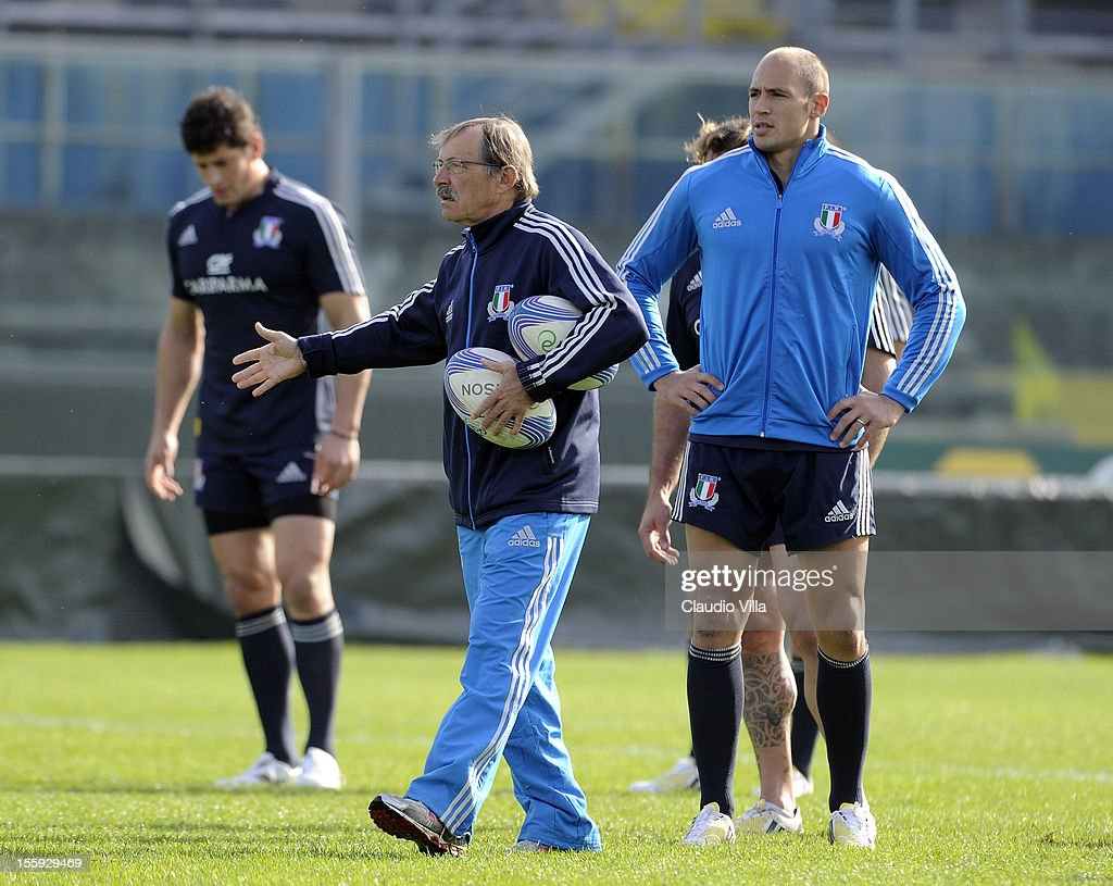 Head coach <a gi-track='captionPersonalityLinkClicked' href=/galleries/search?phrase=Jacques+Brunel&family=editorial&specificpeople=557558 ng-click='$event.stopPropagation()'>Jacques Brunel</a> during Italy Captain's Run at Mario Rigamonti Stadium on November 9, 2012 in Brescia, Italy.