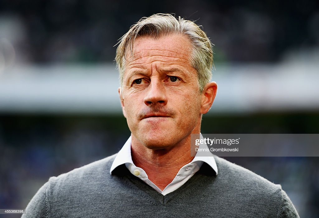 Head coach <a gi-track='captionPersonalityLinkClicked' href=/galleries/search?phrase=Jens+Keller&family=editorial&specificpeople=2382918 ng-click='$event.stopPropagation()'>Jens Keller</a> of FC Schalke 04 reacts prior to the Bundesliga match between Borussia Moenchengladbach and FC Schalke 04 at Borussia Park Stadium on September 13, 2014 in Moenchengladbach, Germany.