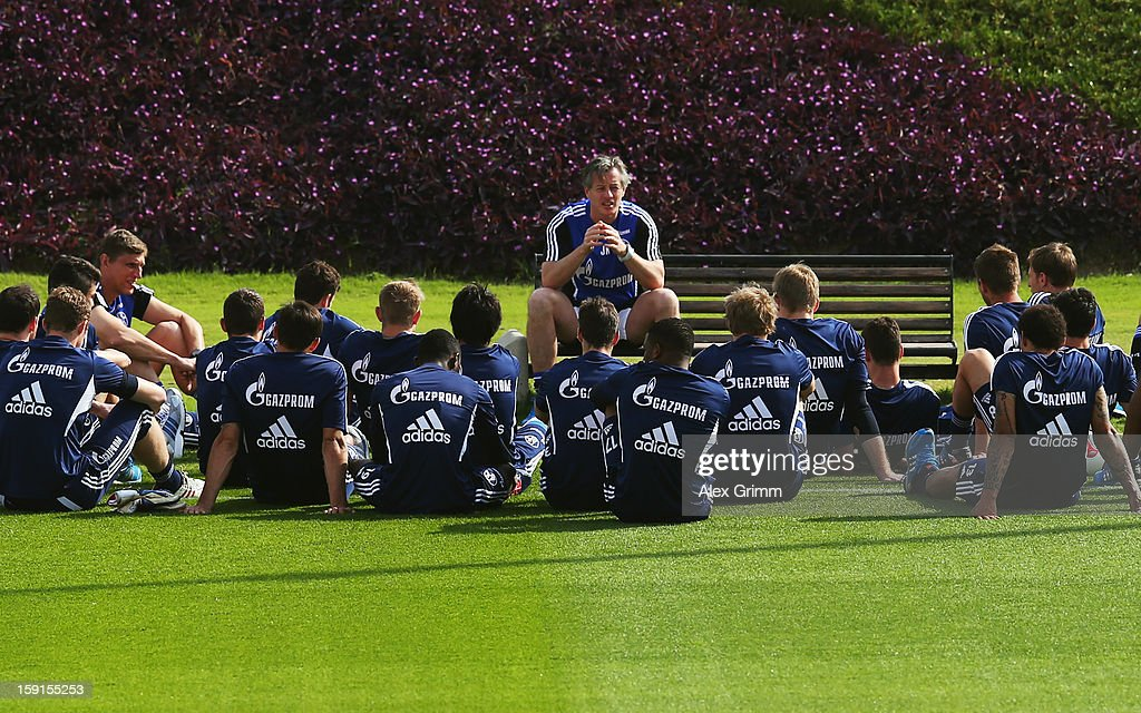 Head coach <a gi-track='captionPersonalityLinkClicked' href=/galleries/search?phrase=Jens+Keller&family=editorial&specificpeople=2382918 ng-click='$event.stopPropagation()'>Jens Keller</a> talks to the players during a Schalke 04 training session at the ASPIRE Academy for Sports Excellenceag on January 9, 2013 in Doha, Qatar.