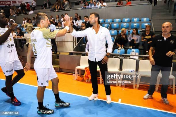 Head coach Jerome Fernandez and Assistant coach Didier De Samie of Aix during Lidl Star Ligue match between Fenix Toulouse and Pays D'aix Universite...