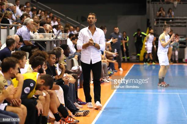 Head coach Jerome Fernandez of Aix during Lidl Star Ligue match between Fenix Toulouse and Pays D'aix Universite Club on September 13 2017 in...