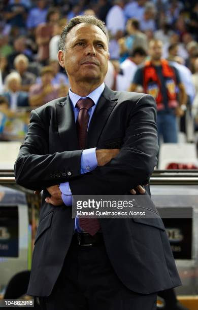 Head coach Joaquin Caparros of Athletic Bilbao looks on before the La Liga match between Valencia and Athletic Bilbao at the Estadio Mestalla on...