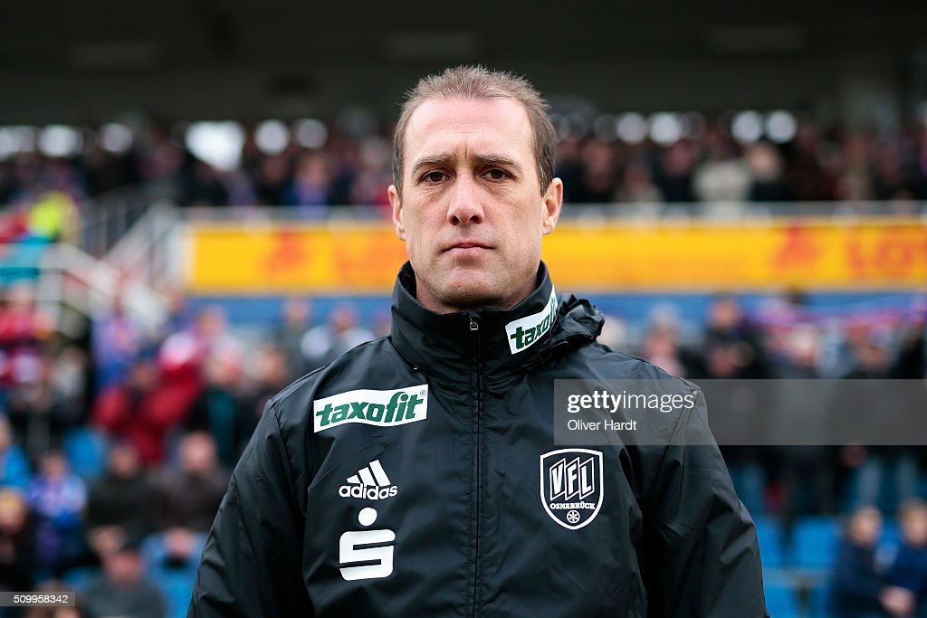 Head coach Joe Enochs of Osnabrueck looks on prior to the 3 liga match between Holstein Kiel and VfL Osnabrueck at Holstein-Stadion on February 13, 2016 in Kiel, Germany.