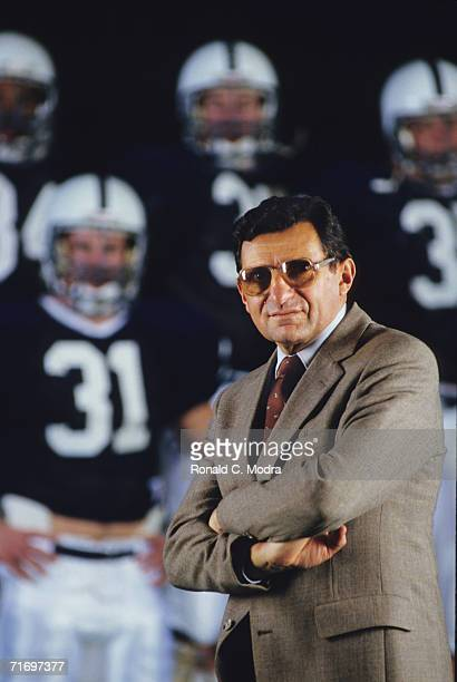 Head Coach Joe Paterno of the Penn State Nittany Lions with some players in the background during the 120 1986 season on December 22 1986 in...