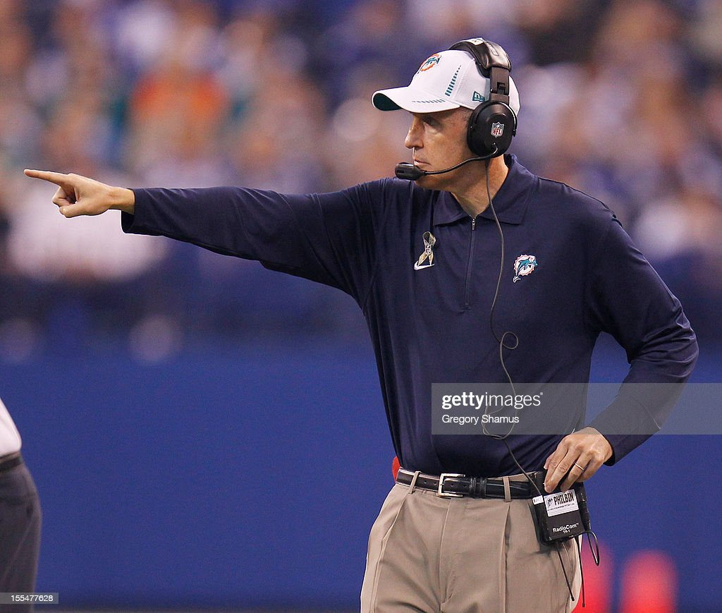 Head coach Joe Philbin points out something to his team while playing the Indianapolis Colts at Lucas Oil Stadium on November 4, 2012 in Indianapolis, Indiana. Indianapolis won the game 23-20.
