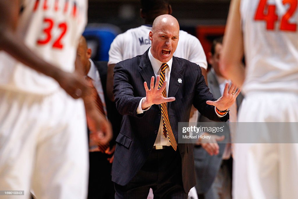 Head coach John Groce of the Illinois Fighting Illini gestures on the sidelines during the game against the Ohio State Buckeyes at Assembly Hall on January 5, 2013 in Champaign, Illinois. Ilinois defeated Ohio State 74-55.