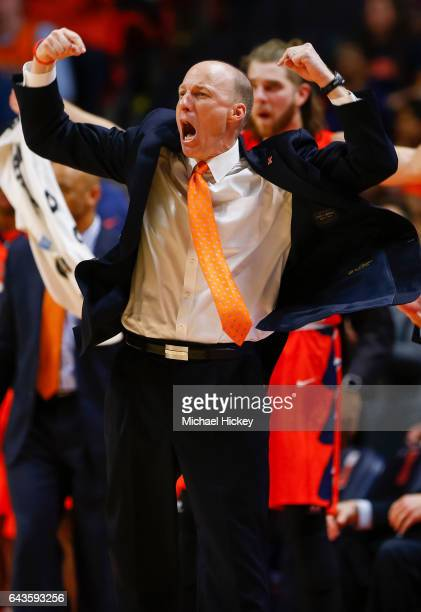 Head coach John Groce of the Illinois Fighting Illini reacts after a play during the game against the Northwestern Wildcats at State Farm Center on...