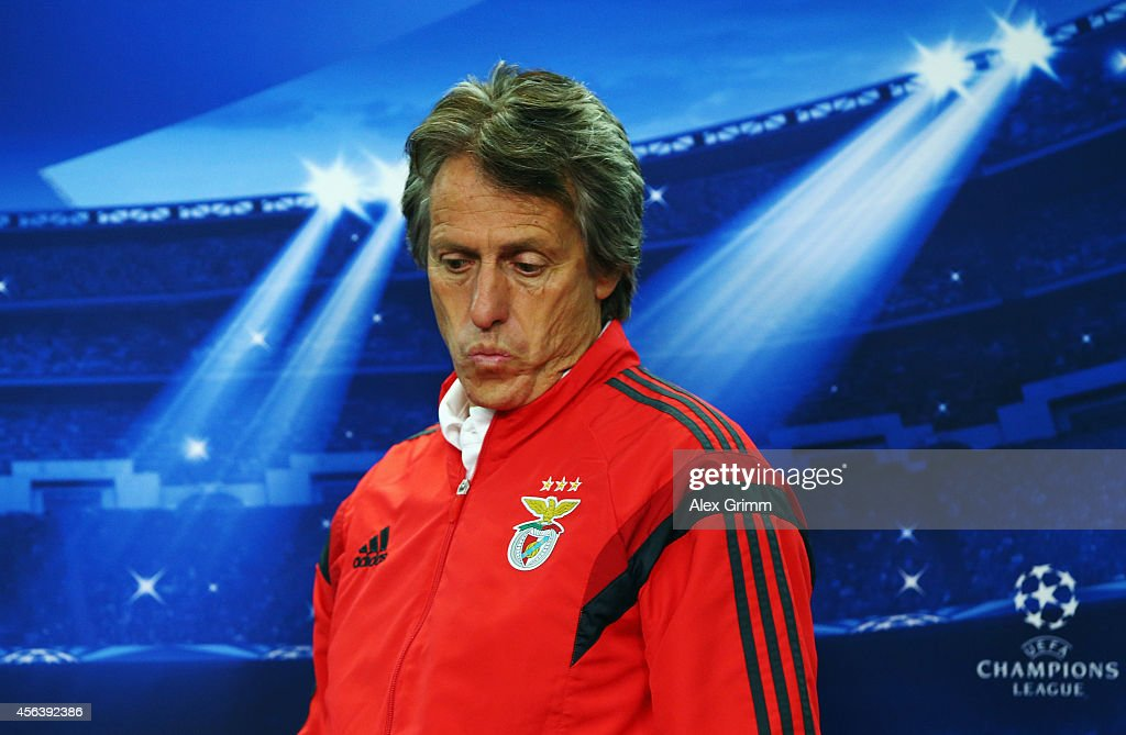 Head coach <a gi-track='captionPersonalityLinkClicked' href=/galleries/search?phrase=Jorge+Jesus&family=editorial&specificpeople=686973 ng-click='$event.stopPropagation()'>Jorge Jesus</a> arrives for a SL Benfica press conference ahead of their UEFA Champions League group C match against Bayer Leverkusen at BayArena on September 30, 2014 in Leverkusen, Germany.