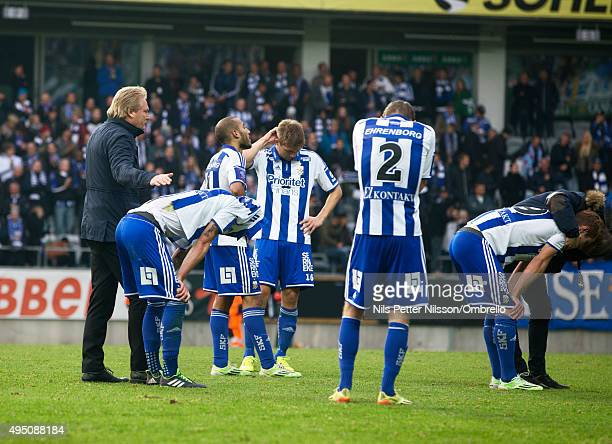Head coach Jorgen Lennartsson and players of IFK Goteborg after the match between IFK Goteborg and Kalmar FF at Gamla Ullevi on October 31 2015 in...