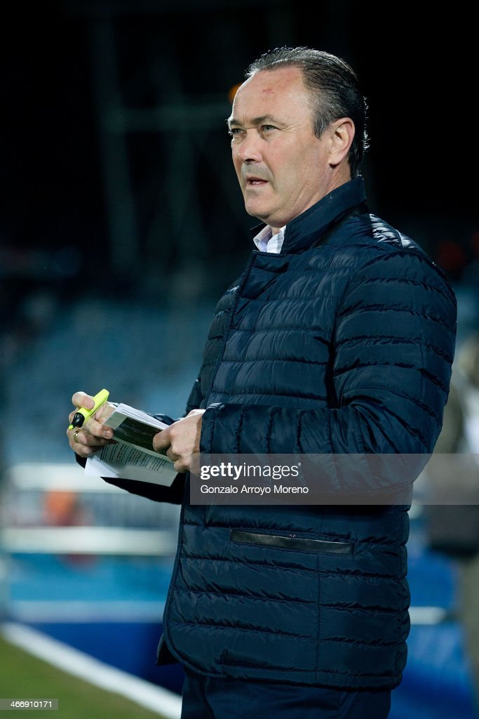 Head coach Juan Ignacio Martinez of Real Valladolid CF takes notes during his team warming-up prior to start the La Liga match between Getafe CF and Real Valladolid CF at Coliseum Alfonso Perez on February 1, 2014 in Getafe, Spain.