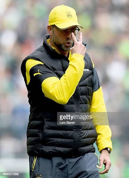 Head coach Juergen Klopp of Dortmund reacts during the Bundesliga match again Borussia Moenchengladbach and Borussia Dortmund at Borussia Park...