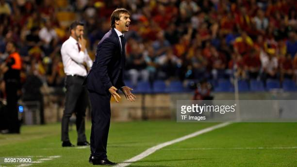 Head coach Julen Lopetegui of Spain gestures l during the FIFA 2018 World Cup Qualifier between Spain and Albania at Rico Perez Stadium on October 6...