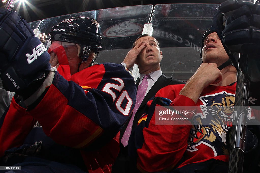 Head Coach <a gi-track='captionPersonalityLinkClicked' href=/galleries/search?phrase=Kevin+Dineen&family=editorial&specificpeople=654130 ng-click='$event.stopPropagation()'>Kevin Dineen</a> of the Florida Panthers watches the action from the bench against the Washington Capitals at the BankAtlantic Center on February 17, 2012 in Sunrise, Florida.