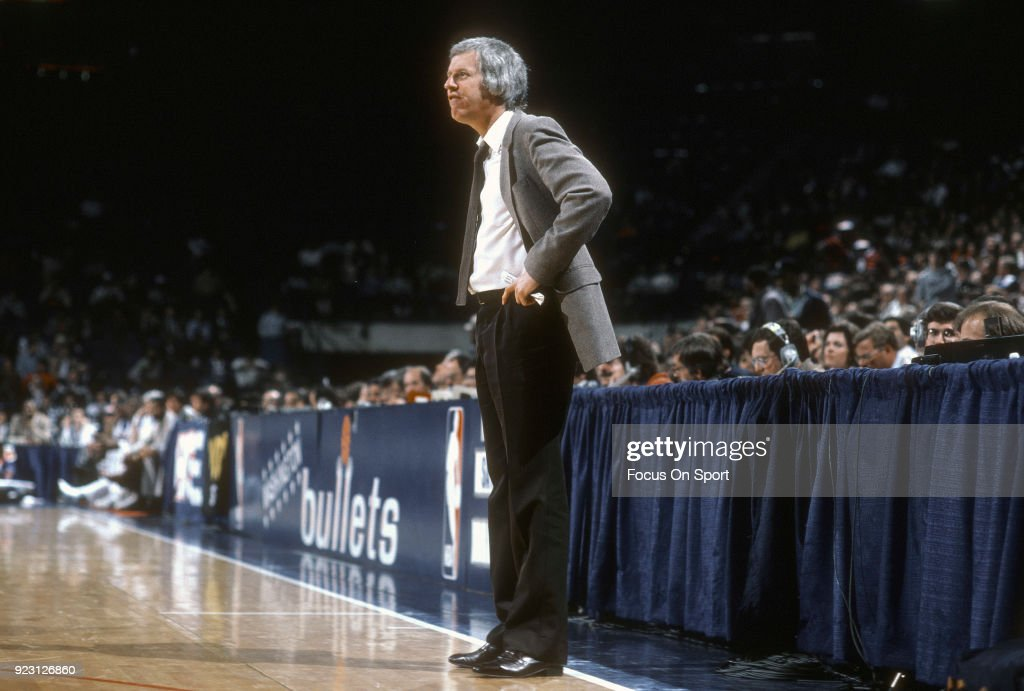 Head coach Kevin Loughery of the Chicago Bulls looks on against the Washington Bullets during an NBA basketball game circa 1985 at the Capital Centre in Landover, Maryland. Loughery coached the Bulls from 1983-85.