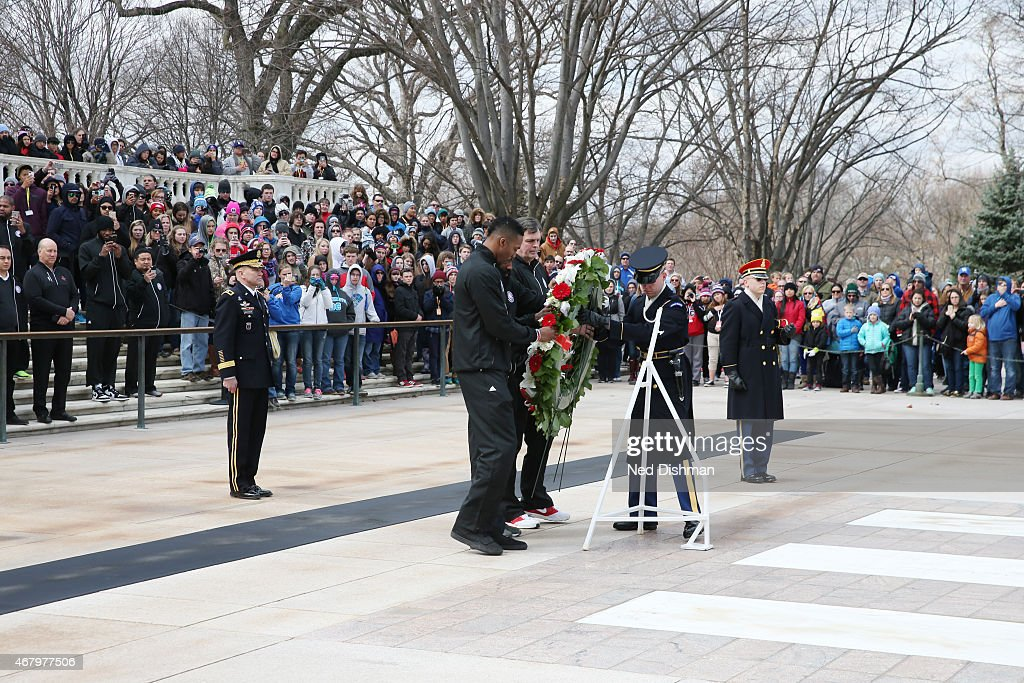 Head coach Kevin McHale Dwight Howard and James Harden of the Houston Rockets lay a wreath at the Tomb of the Unknown Soldier during a visit to...