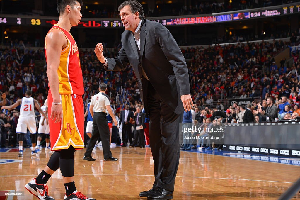 Head Coach Kevin McHale instructs Jeremy Lin #7 of the Houston Rockets during the game against the Philadelphia 76ers at the Wells Fargo Center on January 12, 2013 in Philadelphia, Pennsylvania.